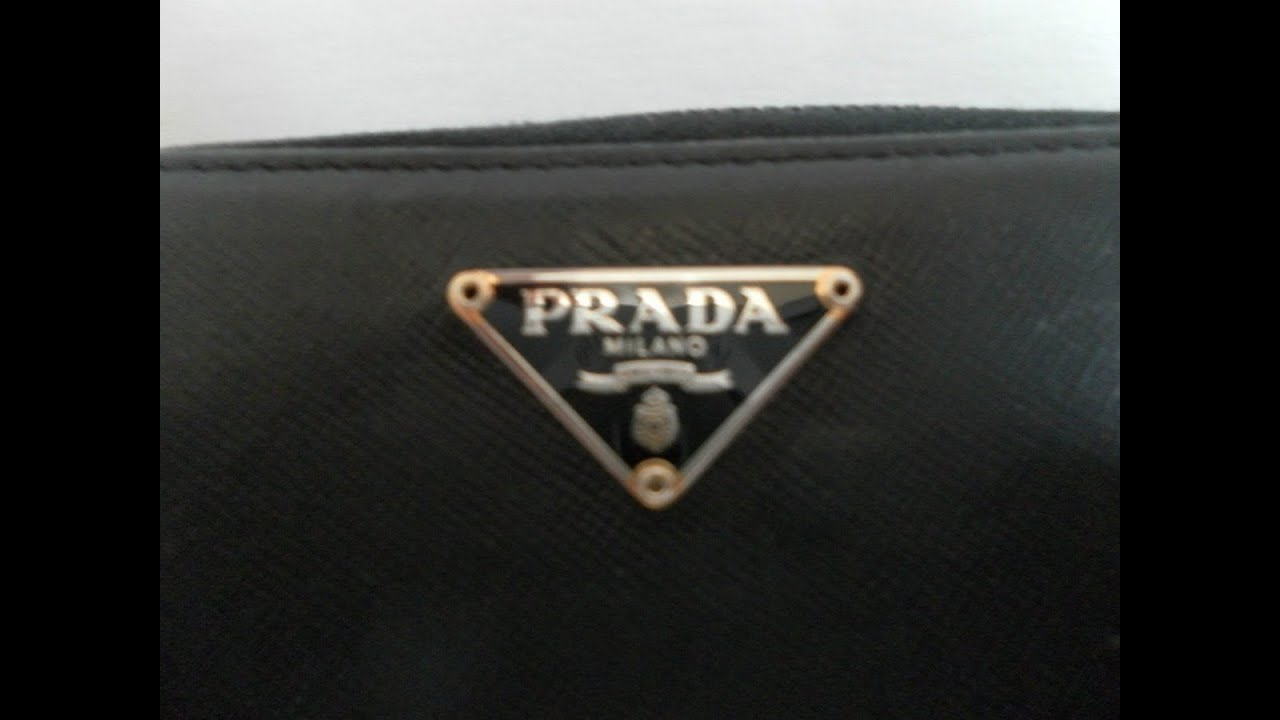 09379c2cb IDENTIFICAR CARTERA PRADA ORIGINAL DE FALSO - YouTube