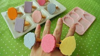 オモチャみたいなデコクッキー Antique chocolate mold thumbnail