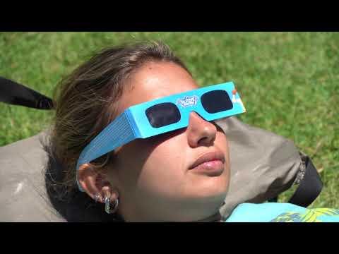 euronews (en español): Argentina y Chile disfrutan del último eclipse total de año a pesar de la lluvia y la pandemia