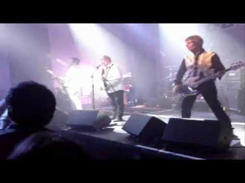 Buzzcocks - Mick Jagger Centre, Dartford (4th December 2010)