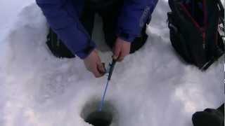 ¿Cómo se pesca en el hielo?