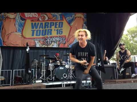 """Off With Her Head""  Ghosttown LIVE - VANS WARPED TOUR 2016"