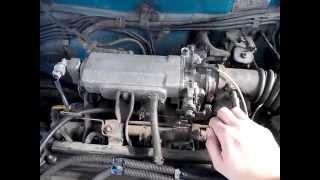 Toyota Corolla E10 - корректировка холостого хода