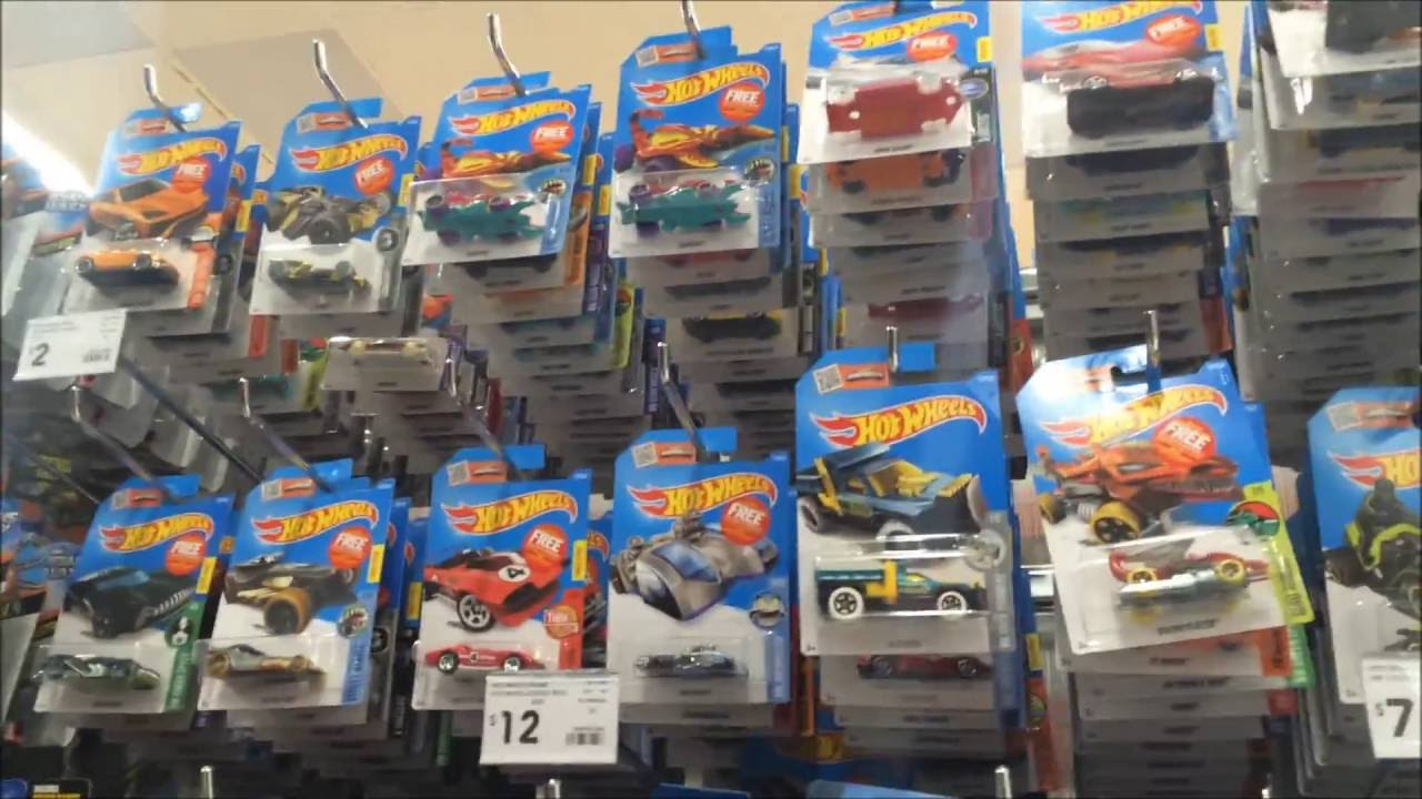hot wheels in store hunting 2016 m case at kmart youtube. Black Bedroom Furniture Sets. Home Design Ideas
