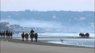 EXTRAIT - Un été à Deauville
