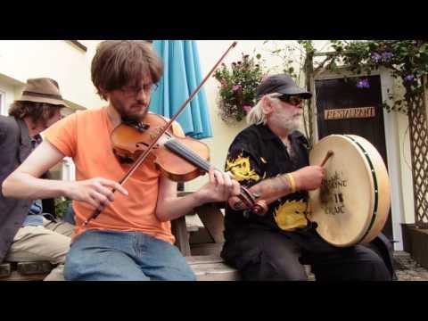 Coleg y Prifysgol Abertawe / Julia Delaney's / Aberdulais (Festival Of The Celts 2016 session)