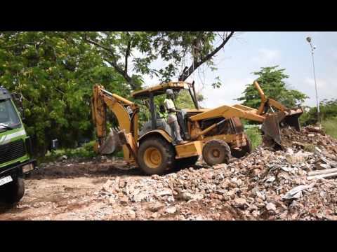 Nyaniba Estates, F515/4. OSU. Accra - Clearing Of Rubble
