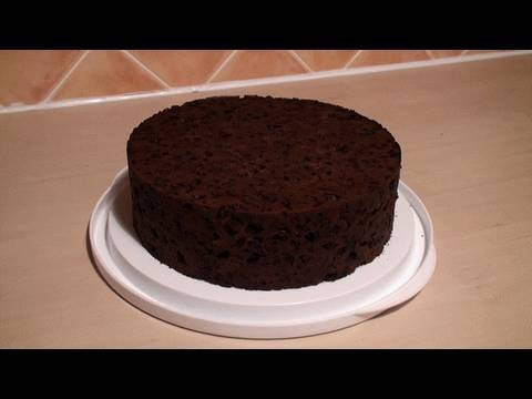 How To Bake A Rich Fruit Cake