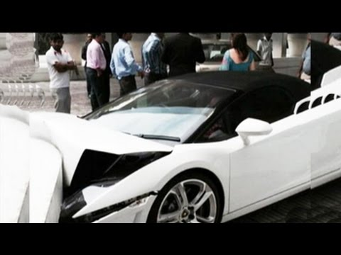 Watch how valet crashed Lamborghini Gallardo at a Delhi hotel