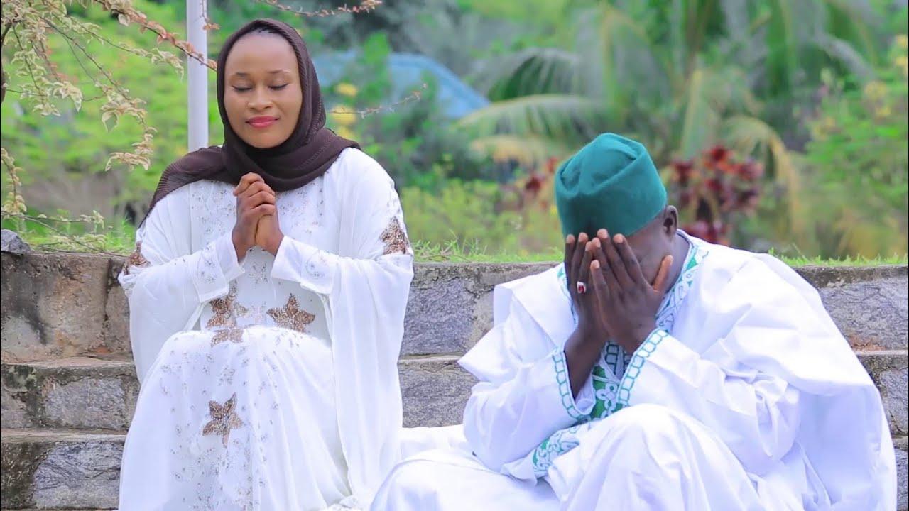 Download Assalamu Alaika Ya HABIBULLAH || Hafiz Abdullah Ft Sayyadah Hajara A Haidar