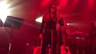 """H.E.R. - """"Focus"""" (Live) - Lights On Tour - Ft. Lauderdale - 12/02/17"""