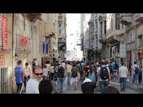 2013 Turkey Taksim Gezi Walking Towards the Taksim