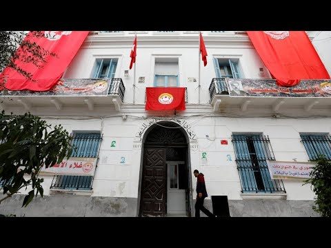 تونس: الحكومة واتحاد الشغل يتوصلان لاتفاق لرفع أجور الموظفين  - 13:55-2019 / 2 / 7