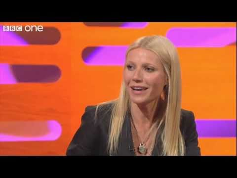 """Gwyneth Paltrow Raps """"Straight Outta Compton"""" - The Graham Norton Show preview - BBC One"""