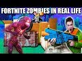 FORTNITE BOX FORT BATTLE IRL!! 📦⛏ Fortnite Zombies Base Defence (Nerf)