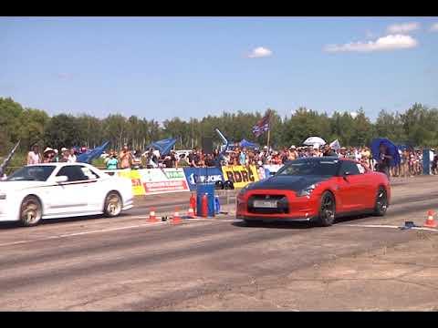 Соревнования по драг-рейсингу собрали дальневосточных гонщиков в ЕАО(РИА Биробиджан)