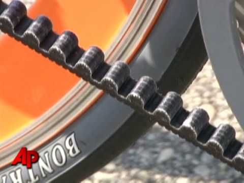 ecc5f11c661 Ditch the Chain, a New Type of Bicycle Is Here - YouTube