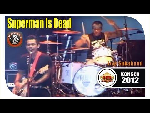 Superman Is Dead' Di Serbu Ribuan Outsiders Suka Bumi Berkumpull @Live Konser Sukabumi 2012)
