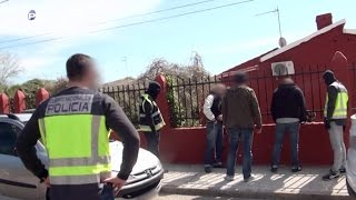 Un detenido por tráfico de drogas - Policías en Acción
