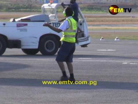 PNG Female Aircraft Engineers