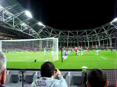 Ireland v Norway Morten Gamst Pedersen freekick