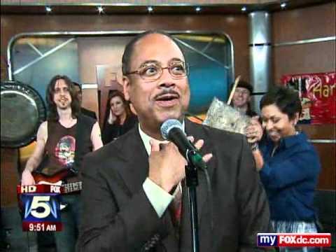 HariKaraoke Band performs on FOX5 Morning News