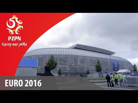 Disco Marek - ZOSTAŃ MOJĄ KOTKĄ I ZOSTAŃ PISZCZU Z NAMI (PARODIA) from YouTube · Duration:  2 minutes 11 seconds