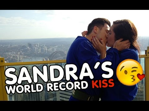 Sandra Breaks The Bachelor Kiss World Record