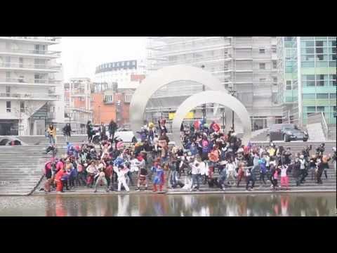 L'Actu - Les étudiants de Saint-Quentin-en-Yvelines dansent le Harlem Shake