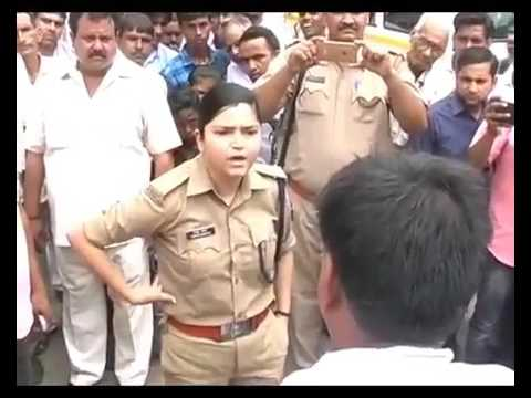 Uttar Pradesh Police Woman Officer Shrestha Thakur Stands Up Against Angry BJP Workers