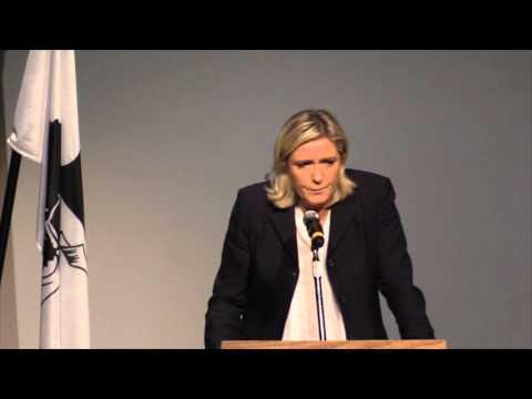 Marine Le Pen en meeting en Corse (Ajaccio, 28 novembre)