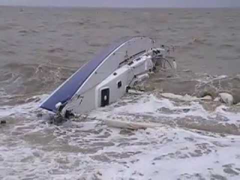 J-122 yacht 'Justice' wrecked on a Kentish beach - YouTube