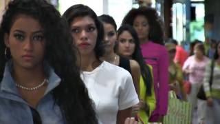 Modelos lucen las piezas de Tiendas Melao en Viernes de Moda Belankazar - 2/09/2016