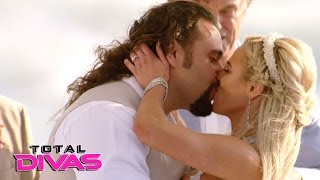 Rusev and Lana are married on the beach in Malibu Total Divas Jan 25 2017