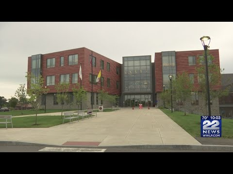 Student at Pope Francis Preparatory School in Springfield tests positive for COVID-19