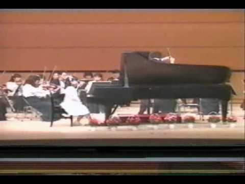 Reiko Kuwahara 9years old Haydn Piano Concert in D major
