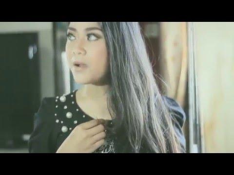 REGITHA - BUKAN YANG KU KENAL (OFFICIAL MUSIC VIDEO)