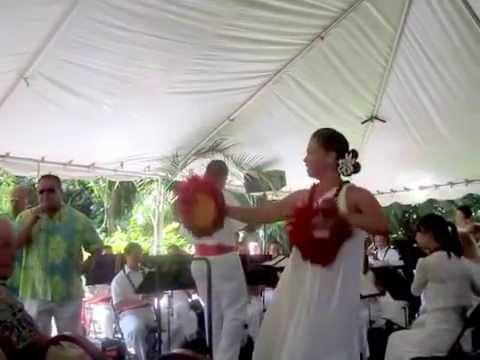 "Royal Hawaiian Band - ""Hanohano Hanalei"" with hula"