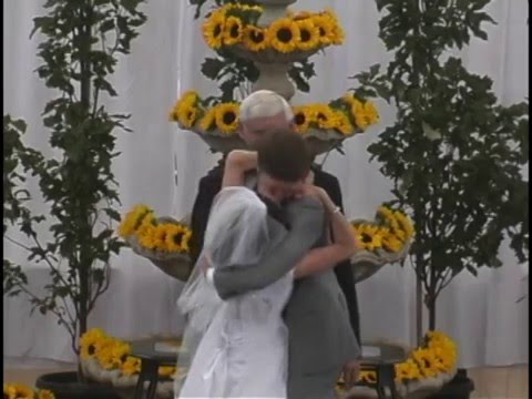 Very Long Wedding Kiss