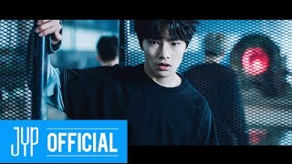 "Gambar cover Stray Kids ""District 9"" M/V"