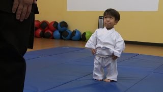 Will's First Karate Lesson | The Little Couple thumbnail