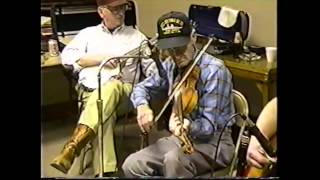 Jam Session and Dance at Wien, MO (clip #6) Pete McMahan playing Crying Waltz