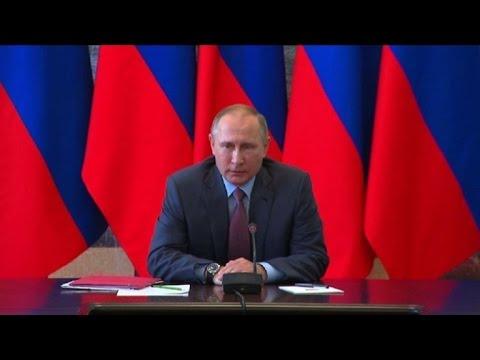 Putin se reúne con el Consejo de Seguridad en Crimea