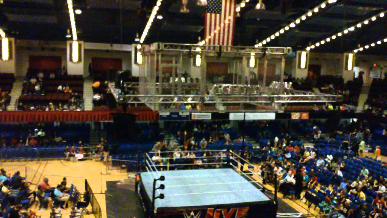 Wwe Westchester County Center 5 24 15 Youtube
