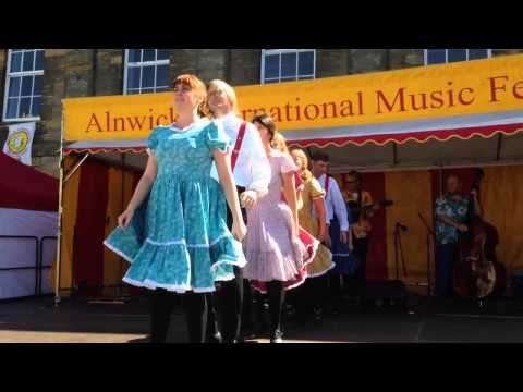 Apple Chill Cloggers @ Alnwick International Music Festival 2015