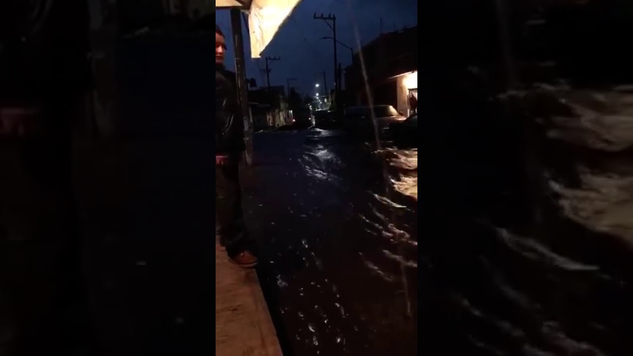 Aguacero inunda Topilejo (Ciudad de México)