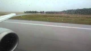 "LH970: Fast Taxi and Rainy Departure from Frankfurt - Boeing 737 ""Hagen"" takes off RWY18"