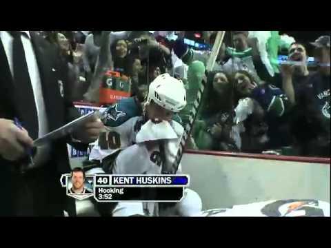 NHL: Green Men at Game 1 vs San Jose Sharks 5/15/11