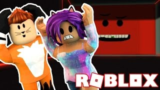 Being Crushed By A Speeding Wall In Roblox! w/Seapeekay