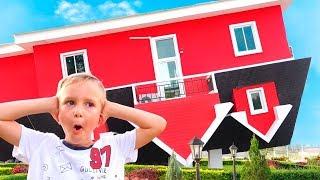 Vlad und Nikita neues Spielhaus für Kinder
